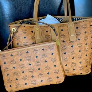 MCM Liz Reversible Visetos Leather Shopper